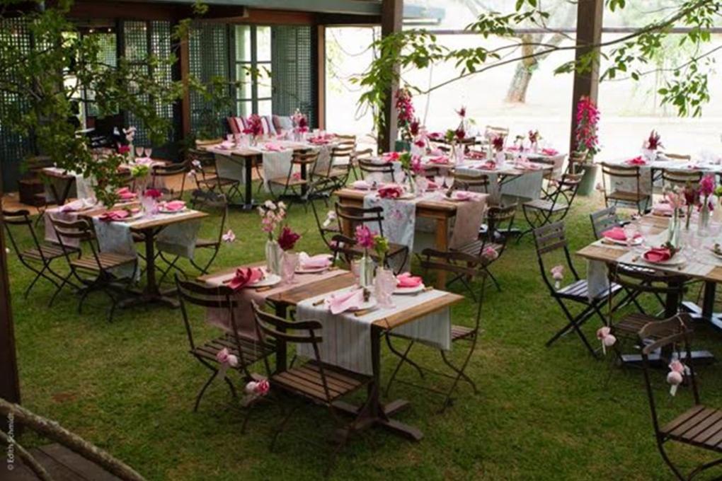 FESTAS-12-60-anos-haras-flores-nas-mesas